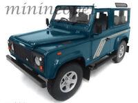 Universal Hobbies 3886 Land Rover Defender 90 Station Wagon 1/18 Blue