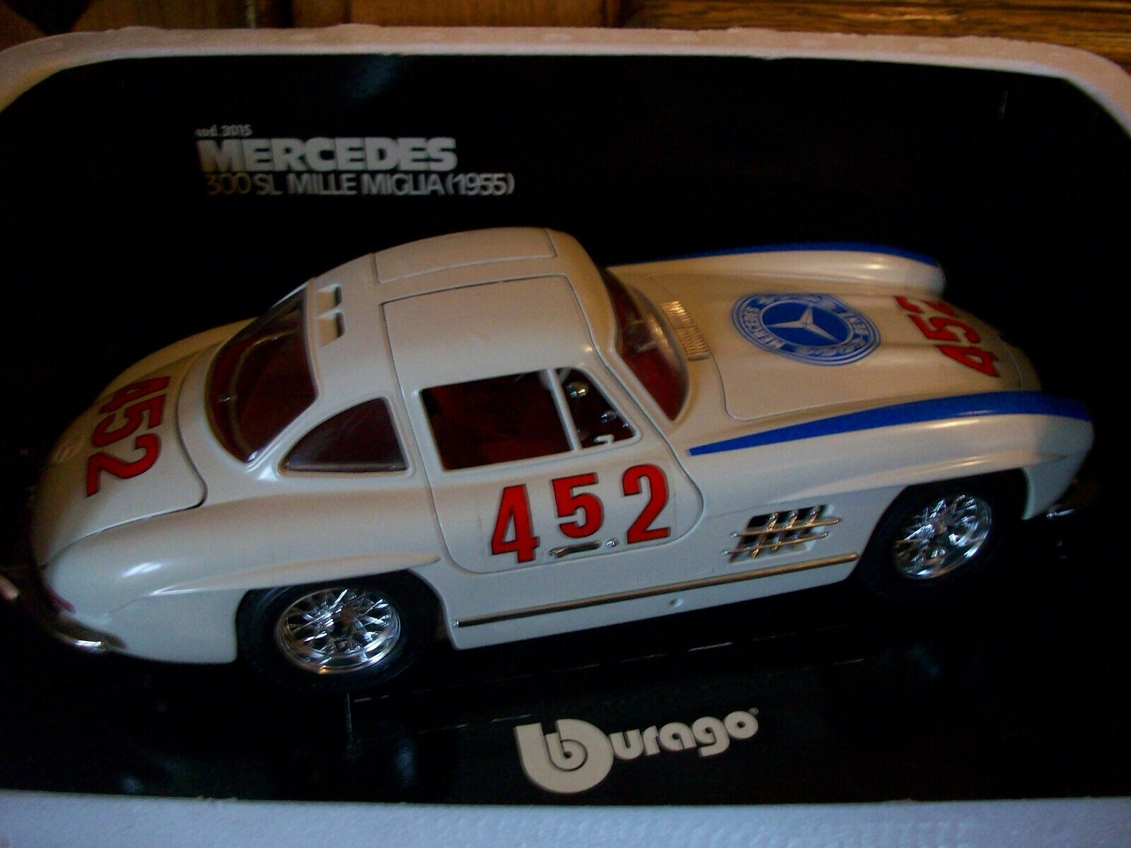Burago  mercedes 300sl mille miglia    metal model car e2326f
