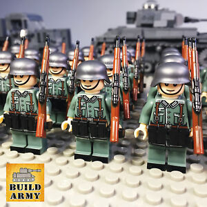 WW2-minifigure-German-Wehrmacht-American-British-soldier-diorama-lego-motorcycle
