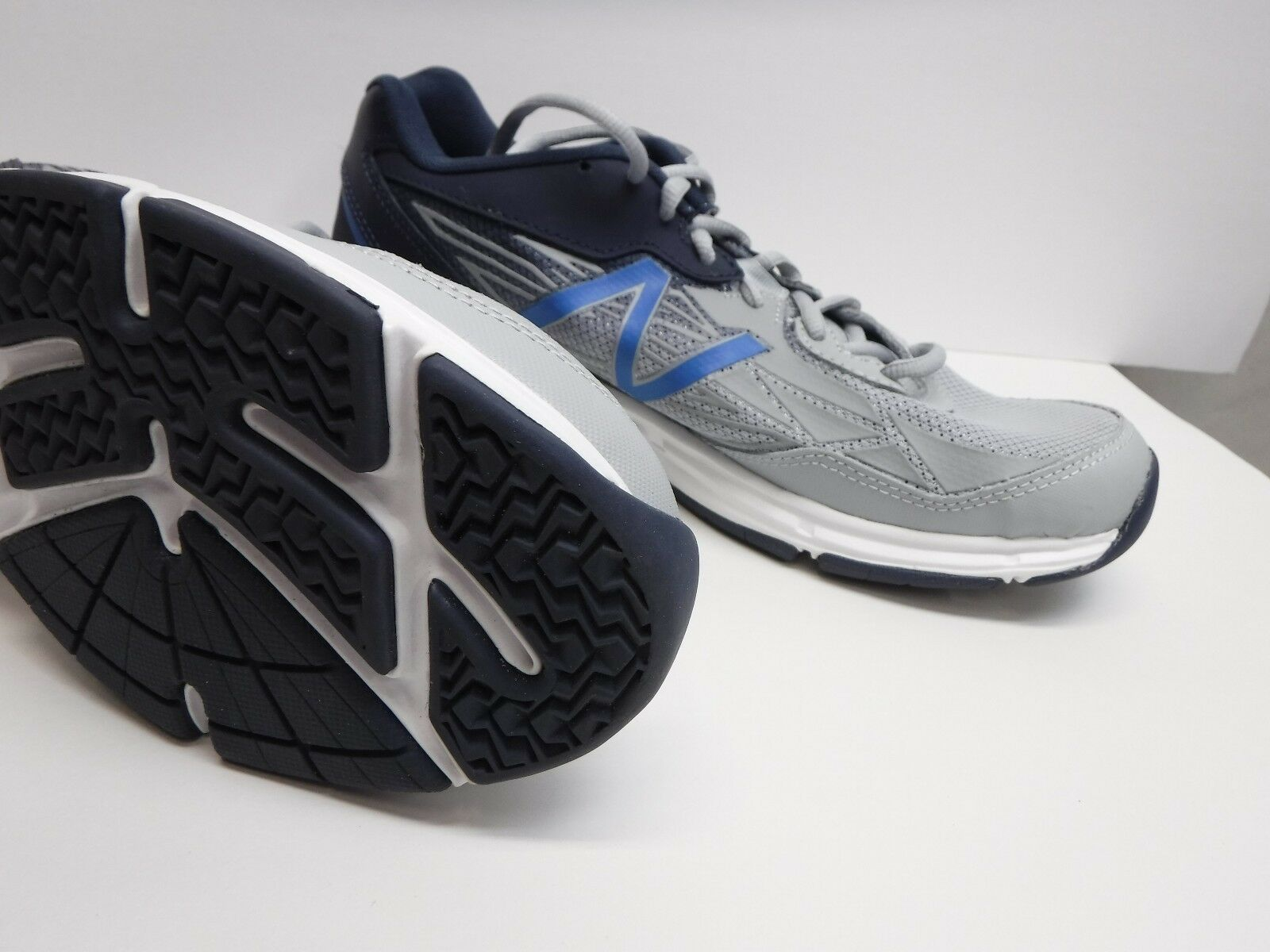 New Balance Größe 8.5 Gray Schuhes Sneakers New  Uomo Schuhes Gray 8cfb4a