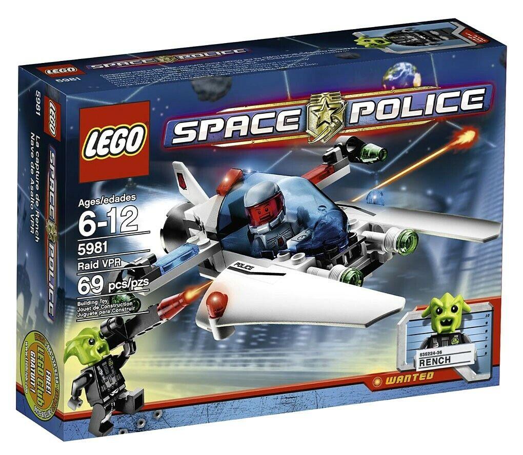 LEGO Space Police Raid VPR Set