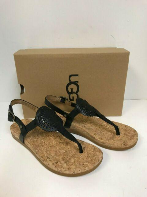 UGG Women's Ayden II Flat Sandal Black