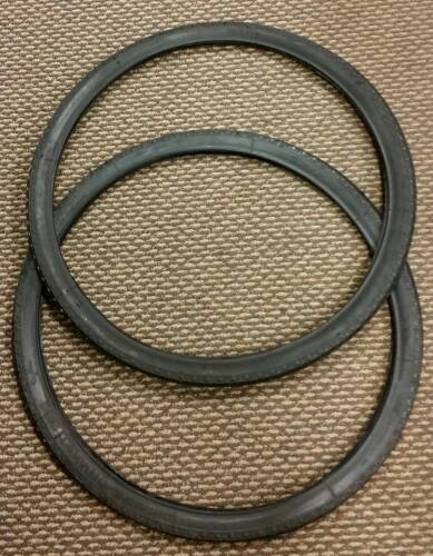 BICYCLE TIRES UNIROYAL CHAIN LINK TRED USA NOS