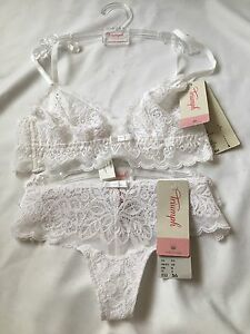 Triump-Underwear-White-Set-BNWT-Bra-S-Panta-UK8