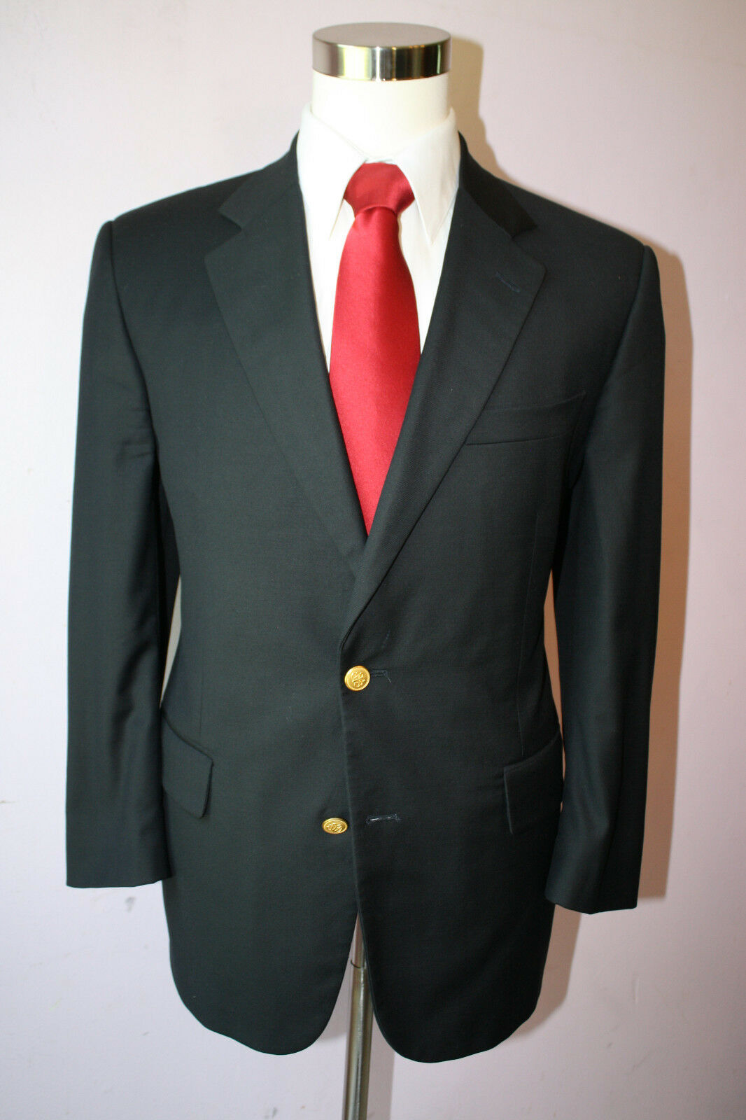 Brooks Bredhers Madison CC Navy bluee Wool Two gold Button Wool Blazer Size 45 L