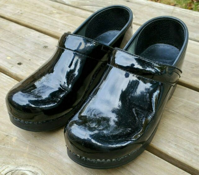 Patent Leather Clog Black Skull Shoes