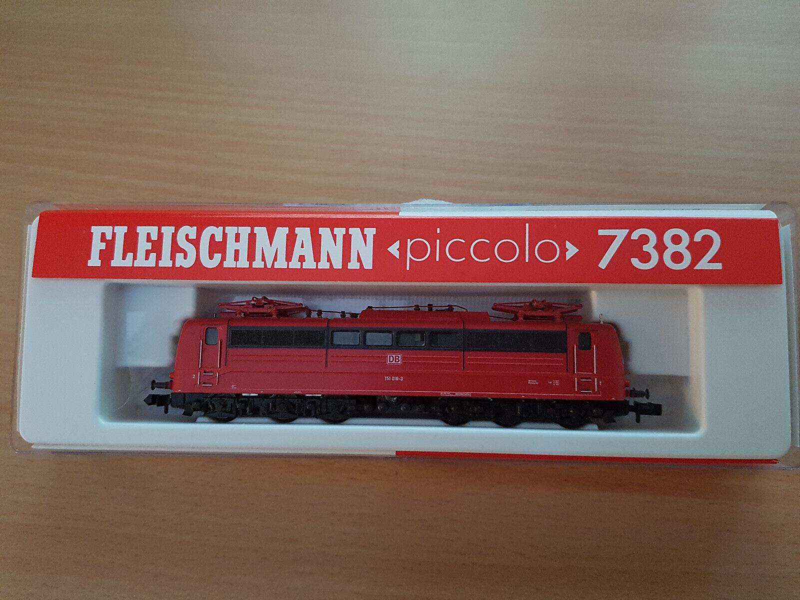 NEU   Fleischmann 7382 E-Lok BR 151 ROT der DB    Spaß