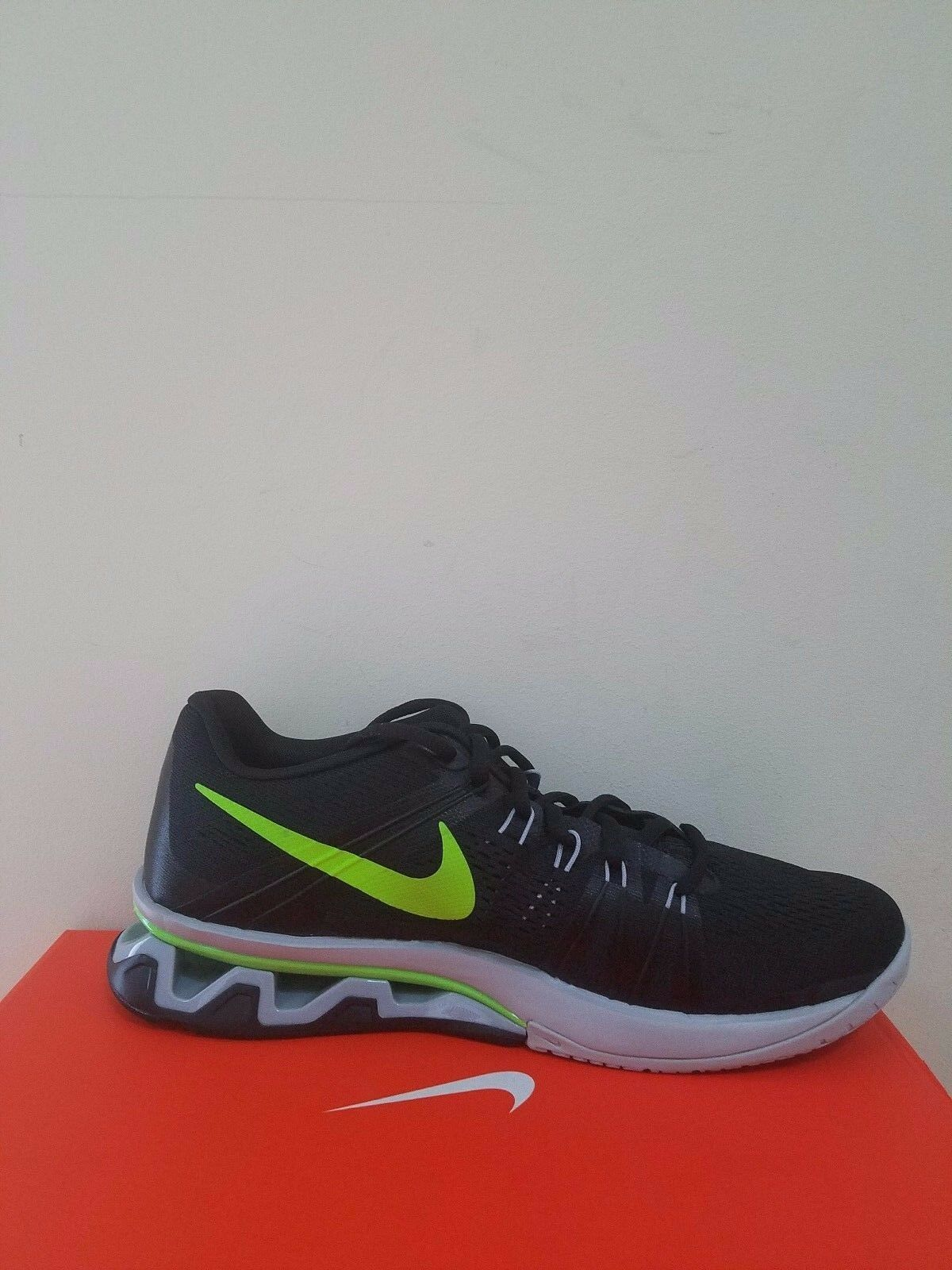 newest collection 9d4d9 e97f6 ... Nike Men s Reax Lightspeed Training Shoe Shoe Shoe Size 9.5 NIB d454ff  ...