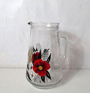 Carafe-a-fleurs-Vintage