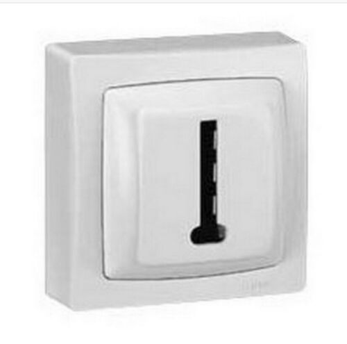 PRISE TELEPHONE 8 CTS APPAREILLAGE SAILLIE COMPLET LEGRAND OTEO 86038
