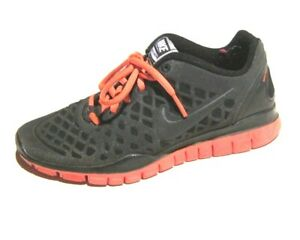 huge discount 9c626 515e9 Image is loading Womens-Nike-Free-TR-FIT-Black-Solar-Red-