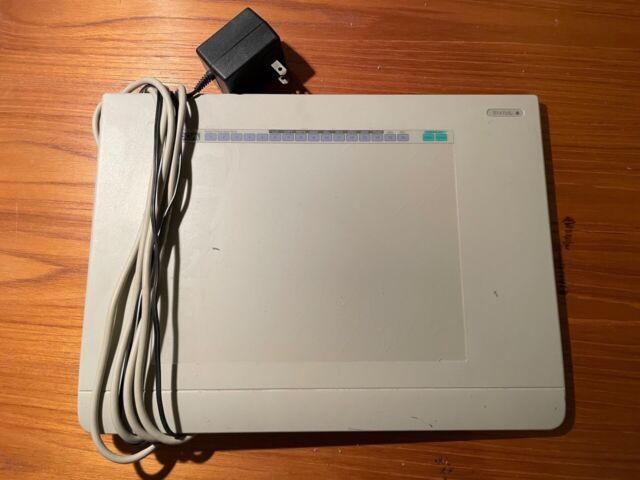 WACOM UD-0608-R Digitizer II Drawing Tablet