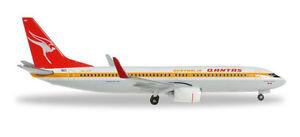 Herpa-527637-Qantas-Boeing-737-800-034-Retrojet-034-1-500