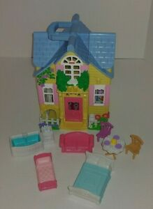 Fisher-Price-Sweet-Streets-Main-Street-Village-Dollhouse-Country-Cottage-Set