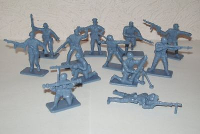 WWII,plastic1:32 NEVER OPENED HING FAT TOYS - Chinese Infantry DGN