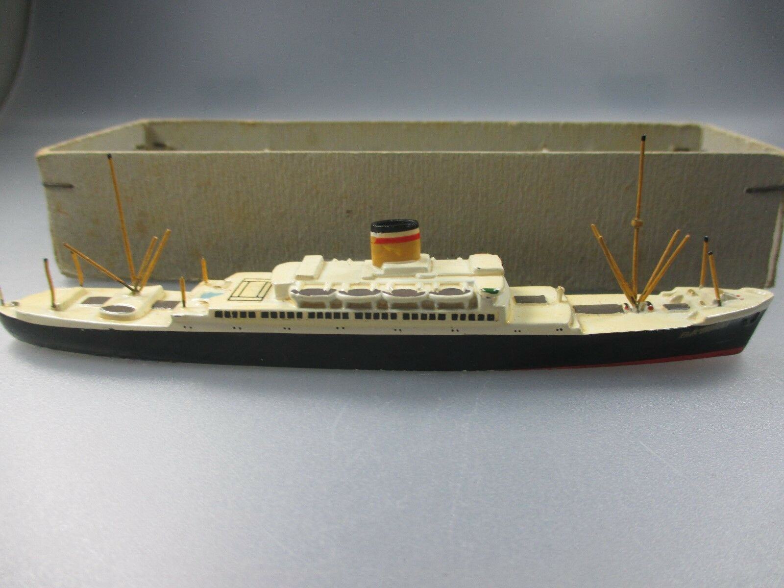 punto de venta en línea Wiking Wiking Wiking  buque  Patria , AZb oros, en oct (nº 18 nh0)  Esperando por ti