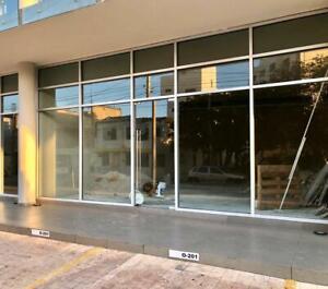 Local en Venta o Renta en Av. Bonampak Plaza Palmeras Puerto Cancun
