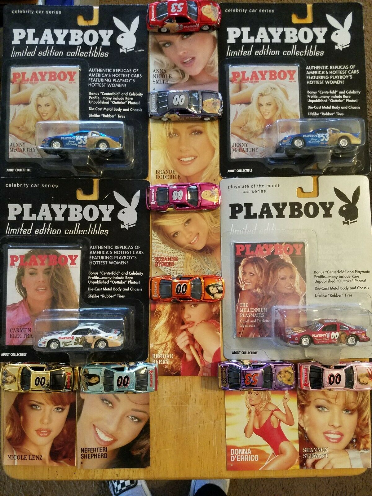 Lote de 12 Autos Nascar Playboy Jenny McCarthy Donna d'errico Bernaola Electra