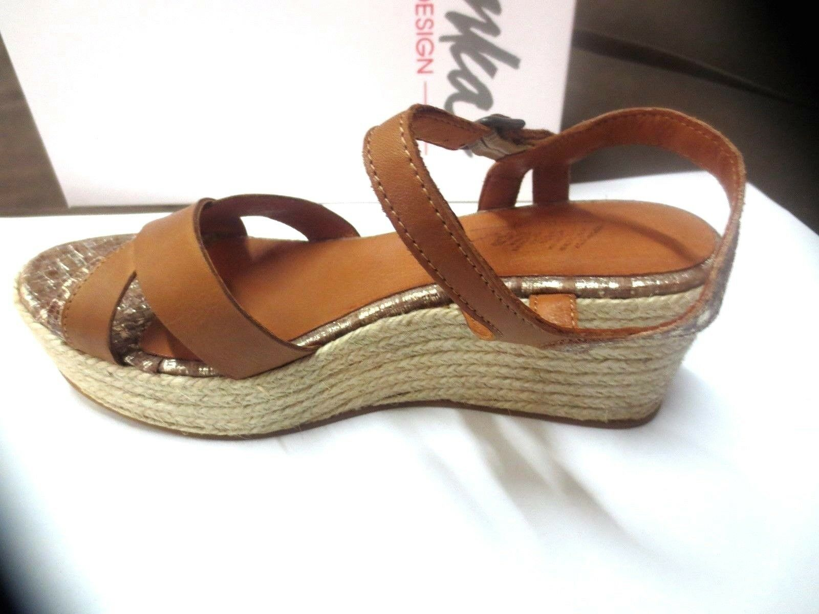 Minka design sandale compensé cuir  camel NEUF Valeur 129E Pointure,39.