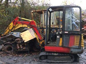 JCB-801-4-1994-Mini-Digger-Excavator-Dismantling-For-Parts-boom-Lift-Ram