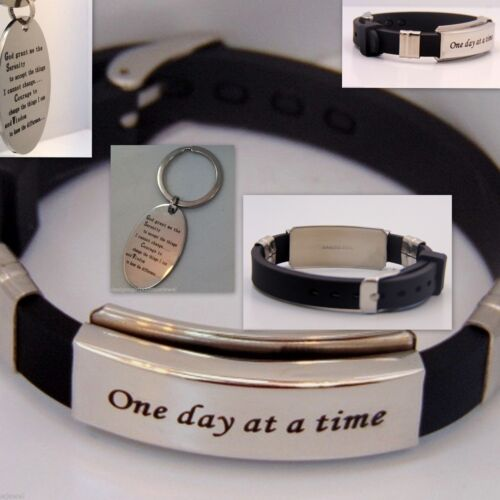 One Day at a Time Bracelet /& Serenity Prayer Key Chain AA En Acier Inoxydable Argent