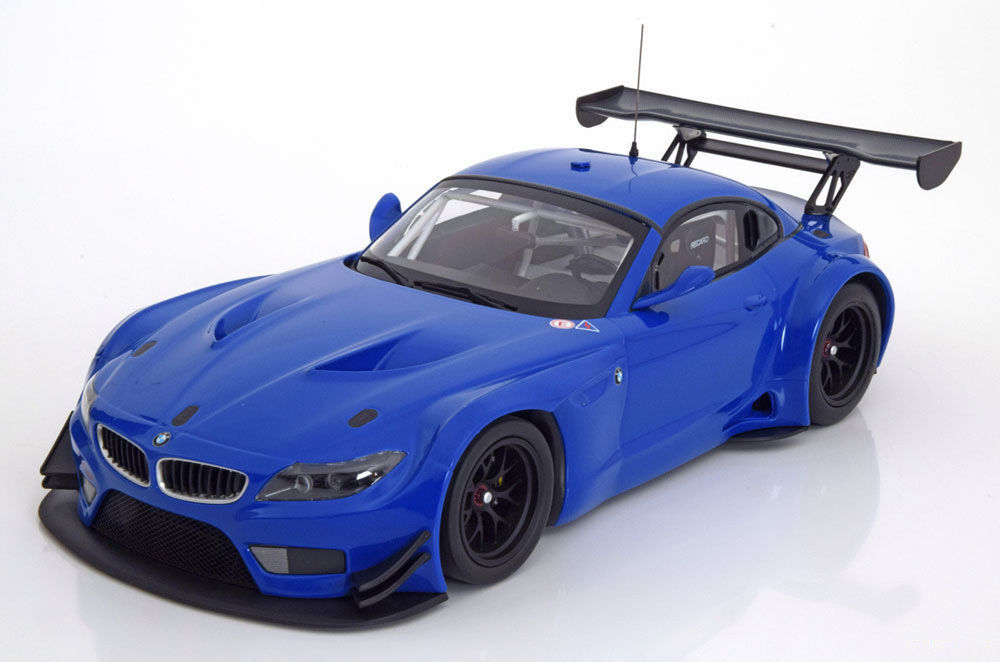 Minichamps 2012 BMW Z4 GT3 Street Version bluee LE of 504 1 18New