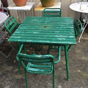"""Salon De Jardin """"tolix"""" 2 Fauteuils, 2 Chaises,1 Table /annÉe 50 / Vintage Amener Plus De Commodité Aux Gens Dans Leur Vie Quotidienne"""