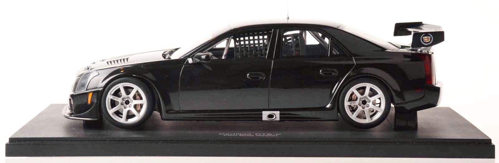 AUTOART 80427 CADILLAC CTS-V SCCA World Challenge GT 2004 (noir) 1 18 Nouveau Neuf dans sa boîte
