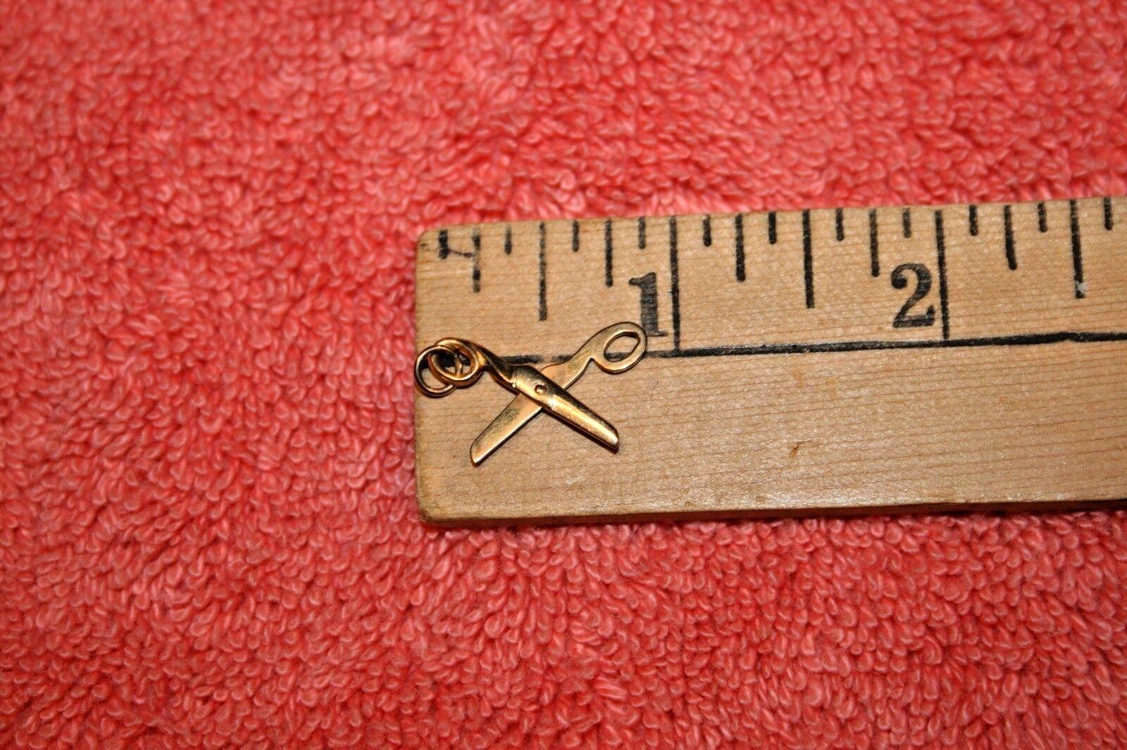Vintage Marked 14K Yellow gold Scissors Charm Pendant