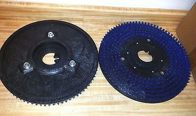 """2 New 16/"""" Driver 17/""""Pads Tennant Nobles One Pair Floor Polisher 3 PIN PAD GRAB"""