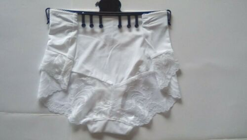 size 20 M/&S Ladies White Shorts Knickers Sophia Lace Collection