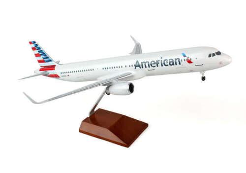 Skymarks SKR8405 American Airlines Airbus A321 Desk Display Model 1//100 Airplane