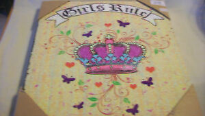 GIRLS-RULE-WALL-SIGN-WITH-PRINCESS-CROWN-BRAND-NEW
