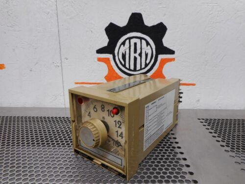 Barber Coleman Series 120 Enclosure Temperature Controller F-100 Type K Used