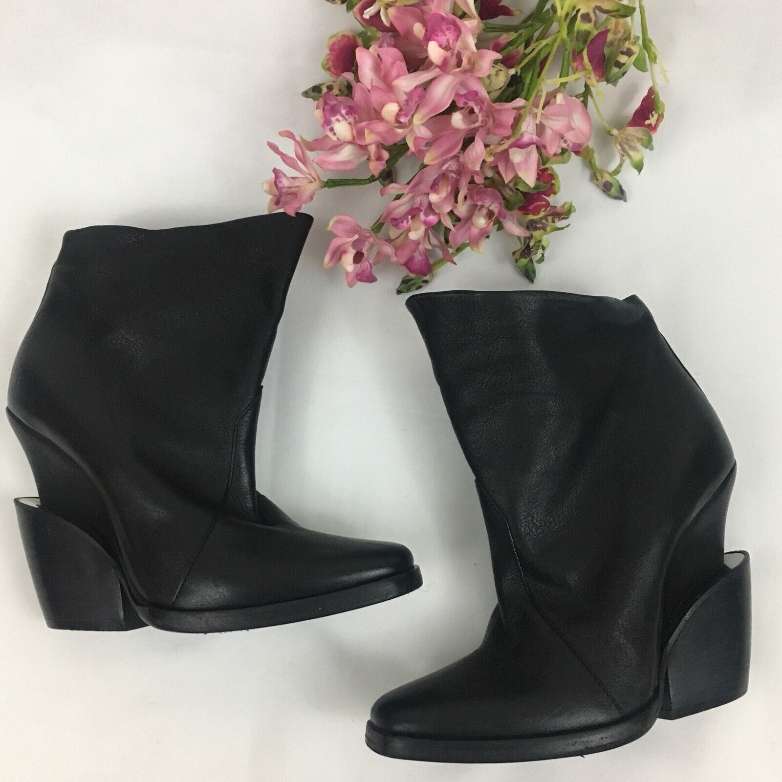 Theyskens' Theory Black Leather 'Elerie Aova' Detailed Heel Boots Size 37.5