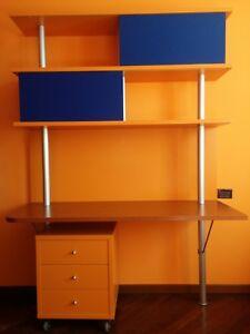 Dettagli su blocco elementi per camera ragazzi - scrivania e libreria  (buono stato)