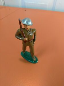 BARCLAY/MANOIL LEAD TOY SOLDIER RIFLEMAN #788 Green base