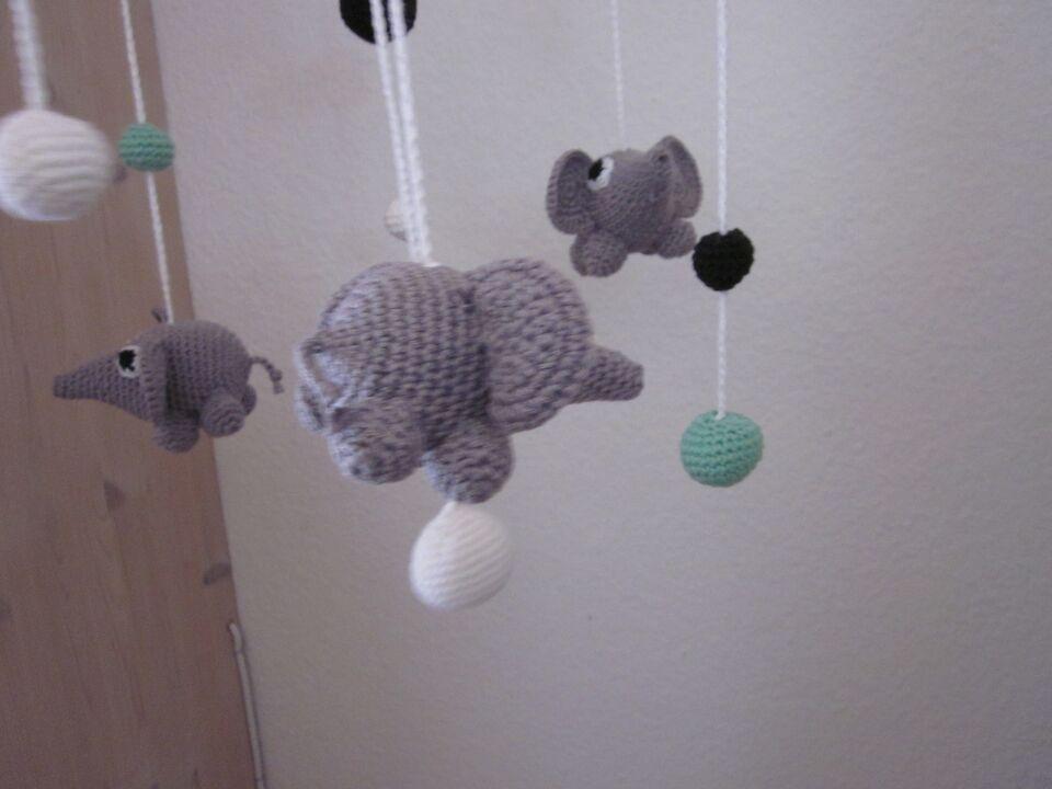 Uro, hæklet med elefanter