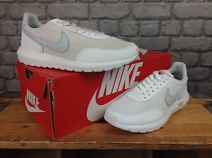 £ Roshe 5 5 1 Uk 38 Blanco Day Break Nike 100 Eu Ladies Plateado Trainers Rrp w8XqS6E