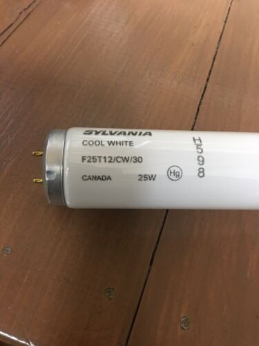 Sylvania F25T12//CW//30 30 Inch 25 Watt T12 Fluorescent Tube Medium Bi-Pin Base