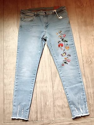 ZARA Women's Mid-rise Jean with Floral Embroidery(Light-blue, US 10/EUR 42)
