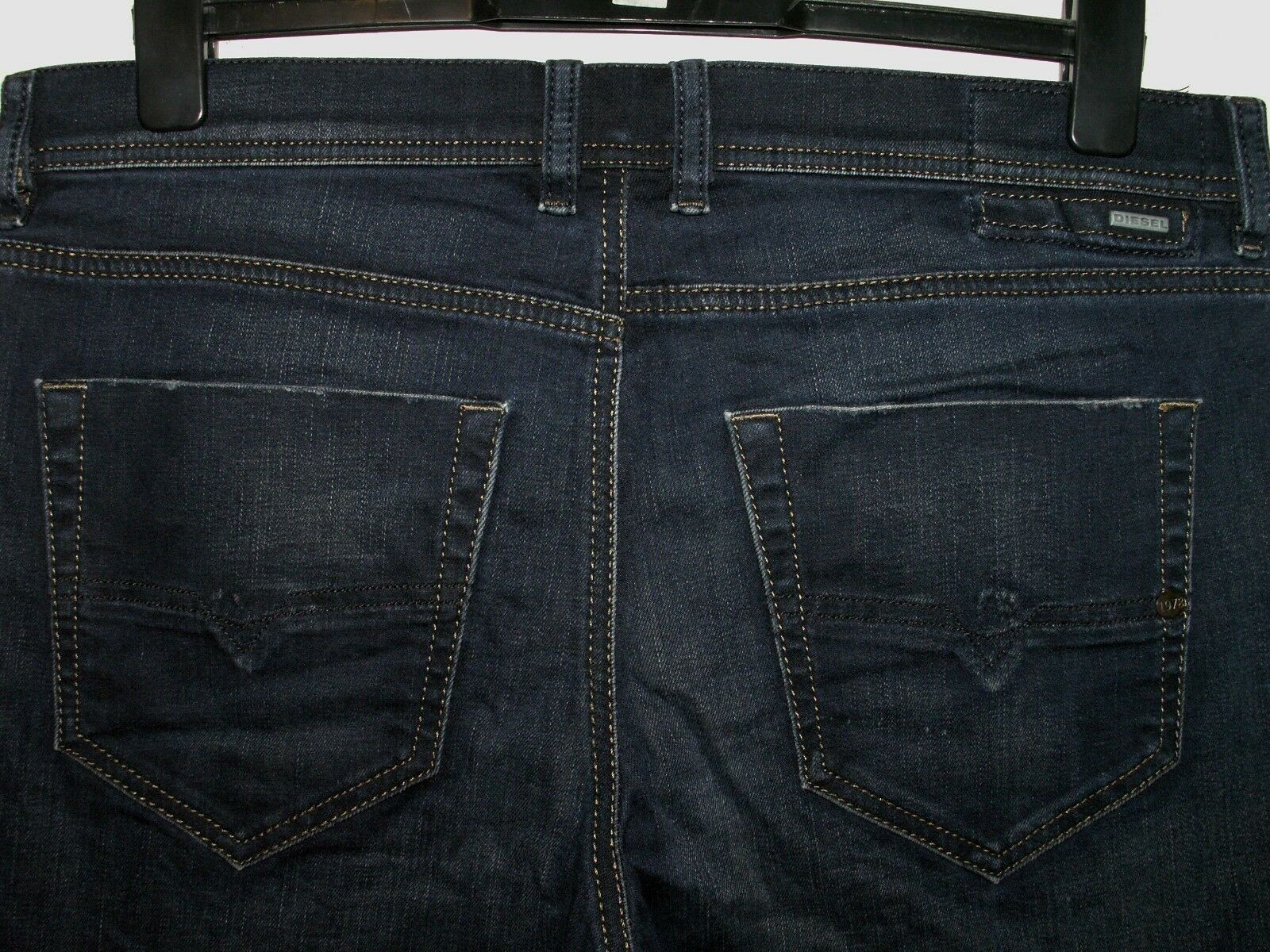 DIESEL TEPPHAR SLIM-CARred FIT JEANS 0857Z W34 L32 (5885)