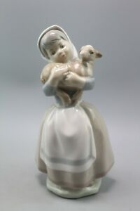 Lladro-Nao-Figurine-Girl-with-Sheep-Excellent-Condition