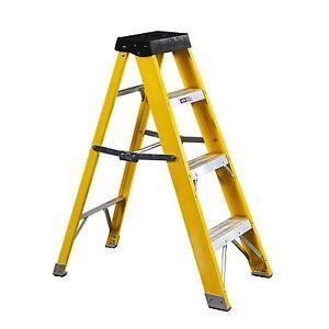 New Heavy Duty Electricians Fibreglass Step Ladder 4