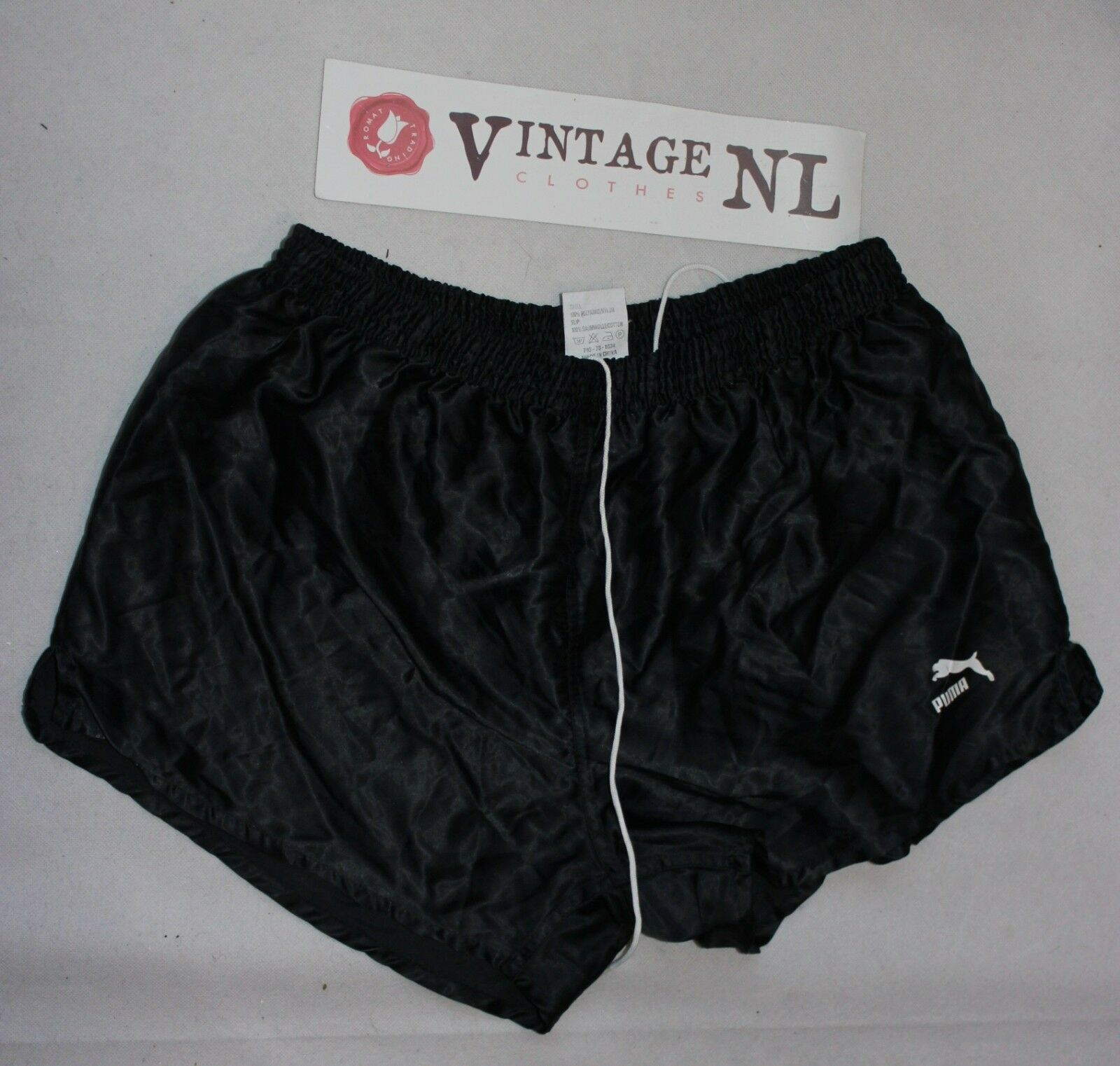 VINTAGE PUMA GLANZ  NYLON short Shorts GR D7 ,F95 36   L