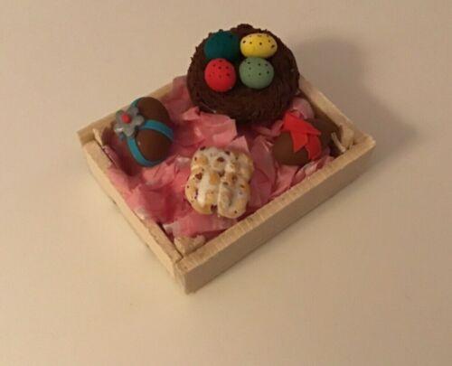 Pasqua cibo in legno cassa//SCATOLA torte fatte a mano Dolls House Cibo 12th nuova scala.