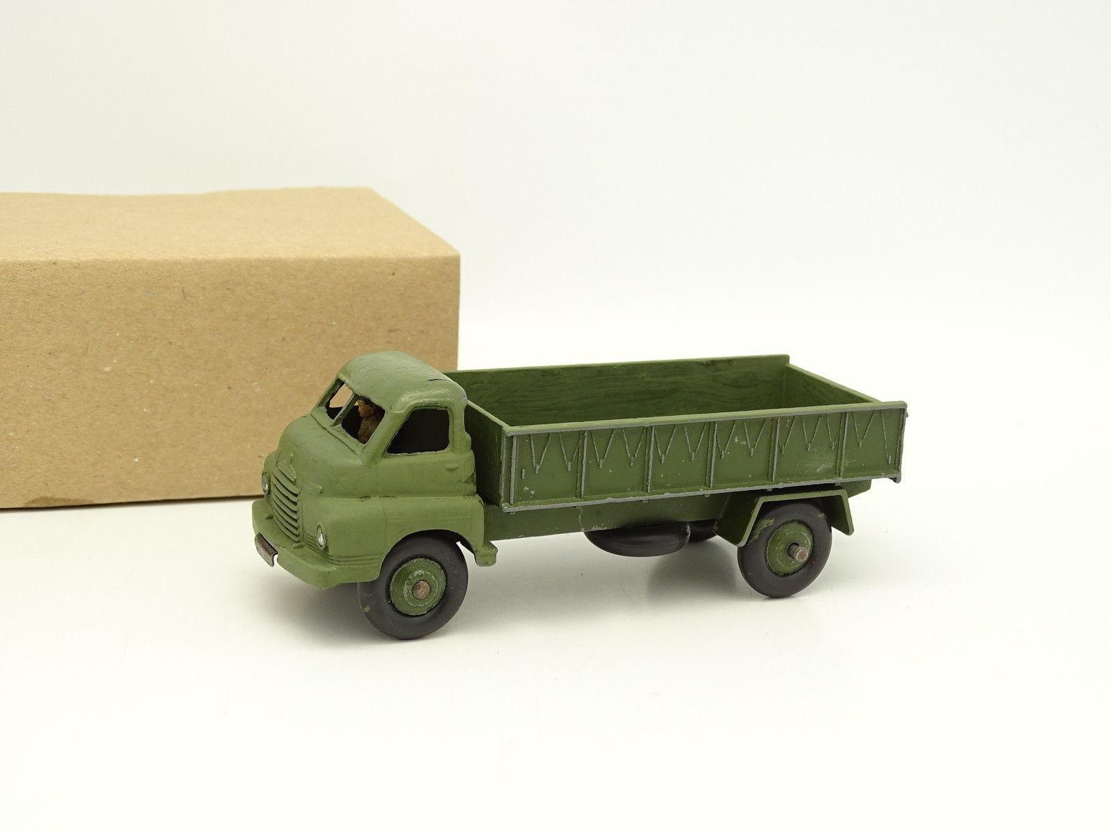 Dinky Toys GB Military SB 1 43 - 3 Tone Army Wagon