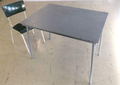 Klapptisch BW Bundeswehr Arbeitstisch Campingtisch Feld Vintage Tisch Loft