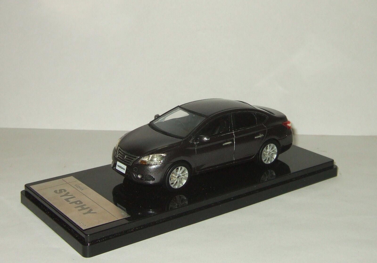 1 43 Wits Nissan Sylphy (Sentra) Sedan Limousine 2013