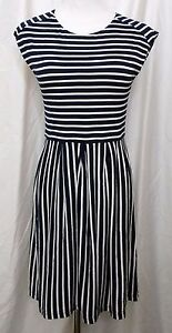 Aqua-Dress-Sleeveless-Stretch-Navy-White-Nautical-Striped-size-Medium-Fit-Flare